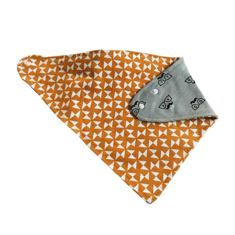 Hot Selling Baby Cotton Cute GLASSES Mustache Printed Double Jacquard Button Triangle Bibs