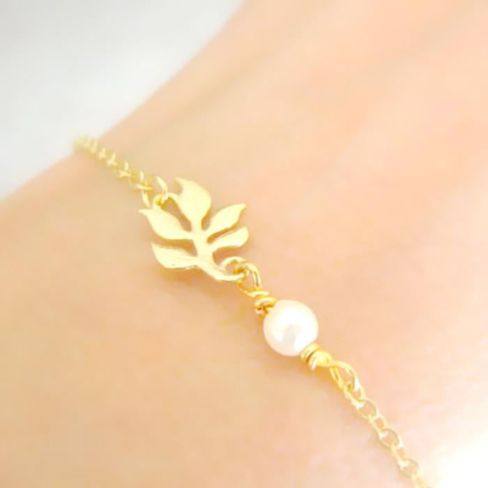 Fashion Simple Alloy Chain Trendy Leaf Imitation Pearl BRACELET