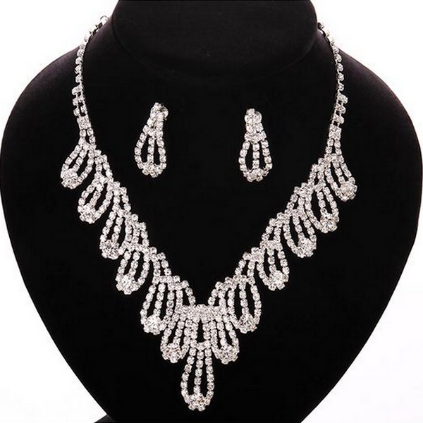 WEDDING JEWELRY White Crystal Tassel Silver Necklace Earrings Set